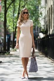 how to wear bodycon dresses fashiongum com