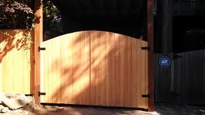 view our cedar wood fencing in seattle lynnwood everett