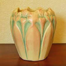 Mccoy Vase Value Brush Mccoy Pottery Brown Onyx Handled Urn Vase Mint Brush
