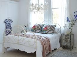 14 shabby chic bedroom ideas
