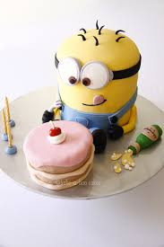 Minion Cake Decorations Delicious Despicable Me Minion Cakes Stylish Eve