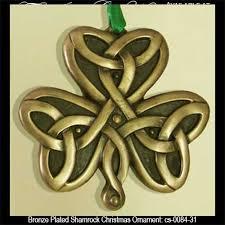 ornament bronze shamrock
