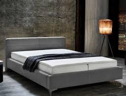 Schlafzimmer Einrichten Graues Bett Funvit Com Schlafzimmer Türkis Grau Streichen