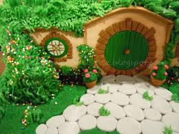 cake trails hobbit hole bag end idolza