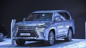 xe oto lexus cua hang nao nên chọn xe lexus cũ hay mới lexus sài gòn
