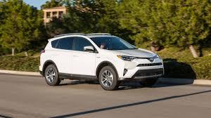 toyota go car 2017 toyota rav4 xle hybrid road test with specs power pricing