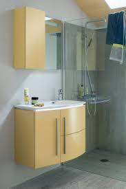salle de bain aubergine et gris les 25 meilleures idées de la catégorie salles de bains jaunes sur
