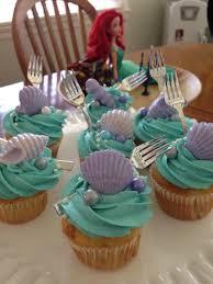 thanksgiving cupcake designs mermaid cupcake mermaid cupcakes mermaid and cake