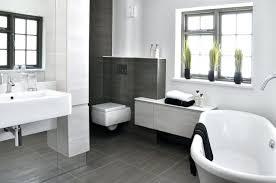 bodenfliesen für badezimmer bodenfliesen badezimmer grau modernes bad glasdusche walk in