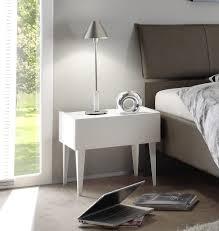 comodini moderni bianchi coppia di comodini a 1 cassetto in bianco opaco con piedi