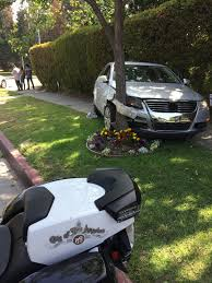 lexus service larchmont car accident at rossmore and sixth street larchmont buzz