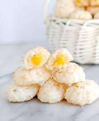 coconut easter eggs coconut macaroon easter eggs baking sense