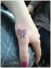 35 cute bow tattoos on finger