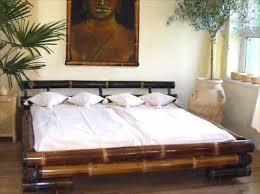 chambre en bambou lit asiatique