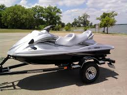 2009 yamaha waverunner vx cruiser reviews prices and specs