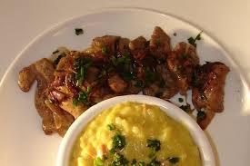 cuisiner du foie de veau recette de foie de veau et risotto au safran et lardons la