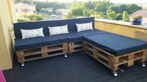 fabriquer un canapé en comment fabriquer un canapé en palette stuffwecollect com maison fr