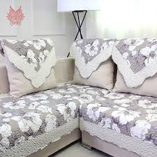 Bedding Trends 2017 by 2017 Decorating Trends With Floral Sofas In Style Theydesign Net