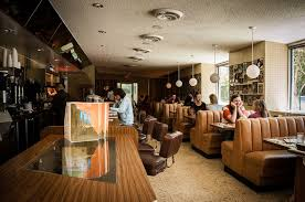 Arts Table Santa Monica Your Favorite Were Filmed At These L A Restaurants And