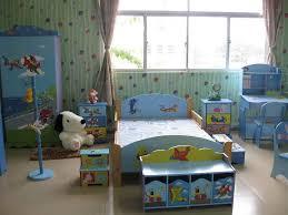 chambre garcon avion armoire penderie garcon bleu vert avion voiture chambre d enfant