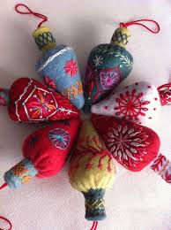 best 25 embroidered ornaments ideas on felt