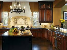 what color kitchen cabinets go with cherry wood floors 8 gorgeous must see kitchen palettes