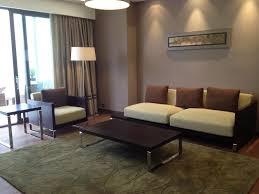 deco salon gris et taupe design d u0027intérieur de maison moderne decoration salon gris et