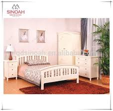 chambre pin massif meubles en bois peint en blanc pin massif meubles de chambre à