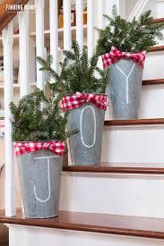 the best diy holiday decor on pinterest diy christmas buckets