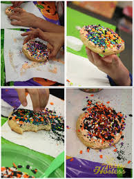 the bubbly hostess halloween cookie decorating station