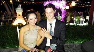 wedding dress nagita slavina ciuman paling mesra raffi saat nagita slavina lahiran gosip