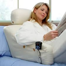 sit up in bed pillow choosing the right reading pillow