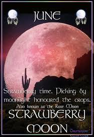 full strawberry moon have a strawberry moon tonight full moon friday lantern