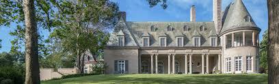 great gatsby u0027 mansion listed for 17 million by u0027big short u0027 icon