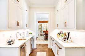 what size should a kitchen be to an island sizing a butlers pantry when remodeling toulmin kitchen bath