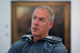 What Does The Interior Department Do Like Queen Elizabeth Trump U0027s Zinke Has Department Of The Interior