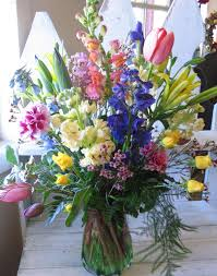 fresh flowers from the florist are very nice for your sunday
