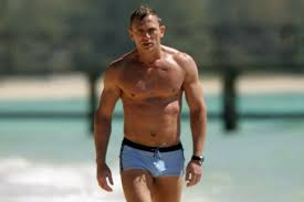 daniel craig is the least looking bond in 007 history but