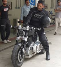Ms Dhoni S Hellcat Bike Ms Dhoni S Bike Collection Gq India
