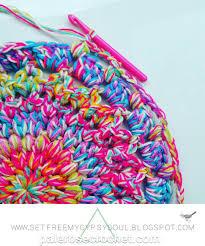 pale rose crochet free doily rug pattern tutorial idolza