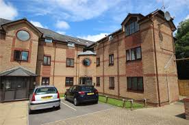 2 bedroom flat for sale in barnes court whitley mead stoke gifford