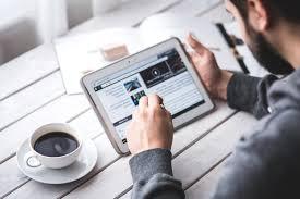 gadget bureau image libre homme bureau tasse de café de travail