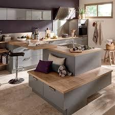 cuisine ouverte ilot central la cuisine ouverte avec lot plaisant cuisine ilot central conforama