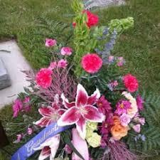 Flowers In Bismarck Nd - roberts floral 21 photos florists 210 n 8th st bismarck nd
