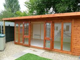 Garden Shed Summer House - bakers timber buildings case study 4627 self contained summer