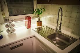 led leiste küche arbeitsplattenbeleuchtung mit superhellen led strips in der küche