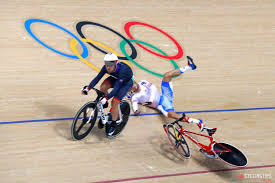 devil z crash mixed reactions as cavendish causes olympic omnium crash cyclingtips