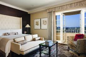 royal suite 002 four seasons hotel redesign capturing the glamor