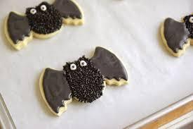 jenny steffens hobick spooky bat sugar cookies halloween sugar
