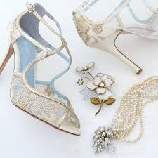 wedding shoes and accessories fall wedding accessories for the chic wedding shoes
